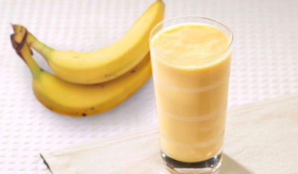 Shake białkowo-bananowy z musli